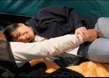 【NTR注意】妻が単独で参加した町内キャンプのビデオにご近所さん全員にマワされる妻の姿が……