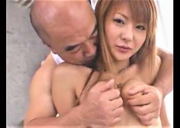 【懐かし】【小沢菜穂】オヤジに絡みつくように乳とマンコを攻められ、一向に終わらないクンニに悶絶