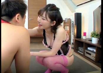 <射精管理M男>「あはは♡ワンちゃんご褒美♡」彼氏を完全ペット化で美脚を舐めさせて性欲処理に使う危険なS女!